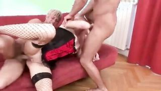 Lovely End And Cumshots For This Bisex Threesome