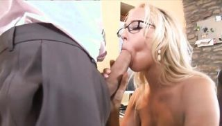She neglects her job but certainly not the boss\'s cock