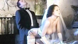 Deborah Wells, Elodie John Holmes, Cindy Wilson in classic fuck clip