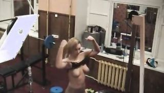 Bestial gadget in the gym with a cam!