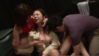 The new girl at the sex club gets fingered pussy until she screams