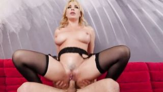 Naughty America - Dana DeArmond will satisfy Robbys Mommy issues