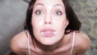 Angelina Jolie sucks her lover