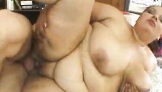 BBW Elizabeth Rollings has her meaty pussy filled.